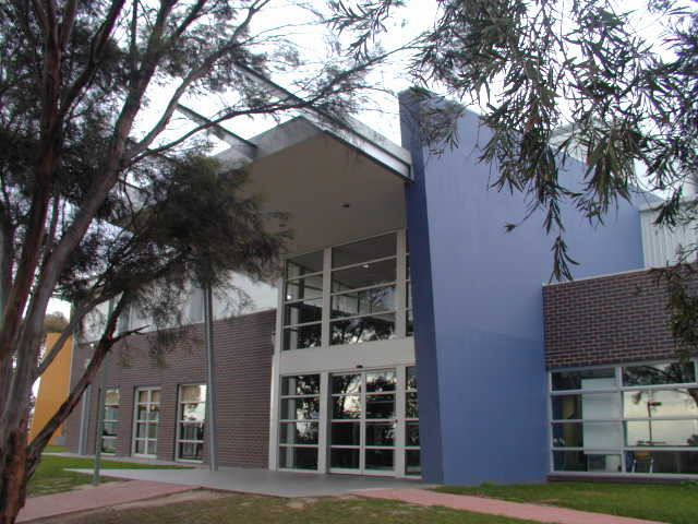Donvale Indoor Sports Centre / Victoria
