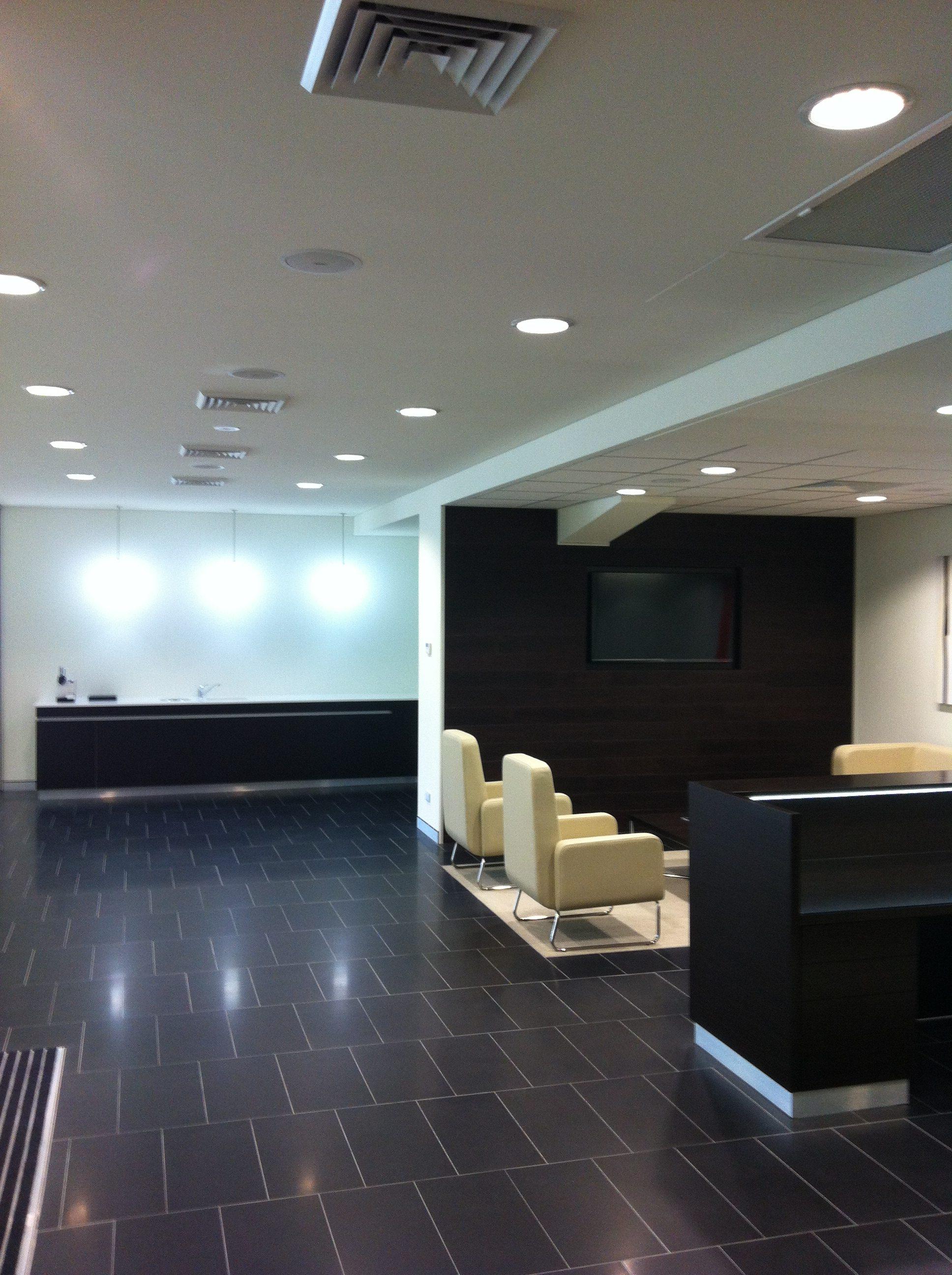 Infiniti Centre Sydney / NSW